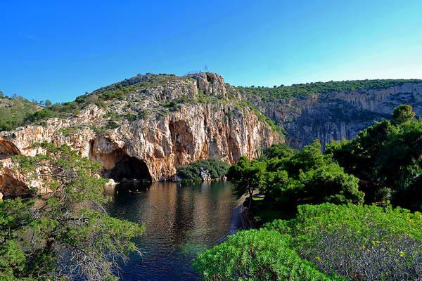 אתונה, הריביירה האתונאית, אגם ווליאגמני