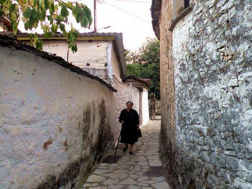 סמטאות יואנינה, בשל הריחוק נשמרה האותנטיות