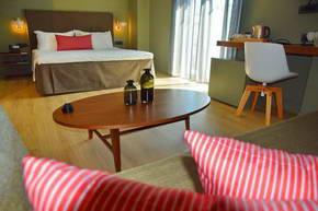 מלון לייק ספיריט, יואנינה, צפון יוון