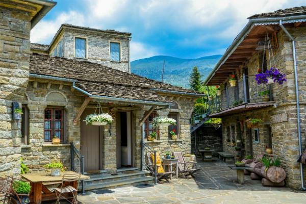 ג'יפים ביוון ההררית