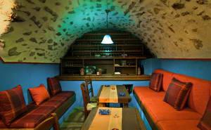 המלון של נפוליאון בכפר קלריטס, חבל צומרקה, צפון יוון
