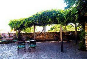 מלון כפרי בכפר קוסטיצי, יוון