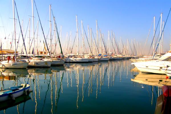 הפלגה ביוון