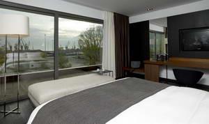 מלון מט, סלוניקי