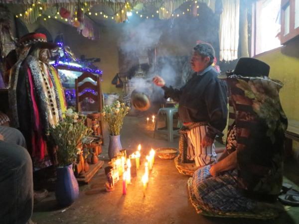 פולחן האל משימון בסנטיאגו אטיטלן, גואטמלה