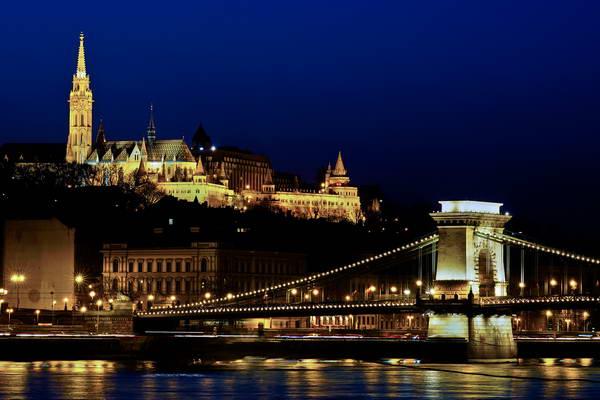בודפשט, גשר השרשרות וטירת בודה