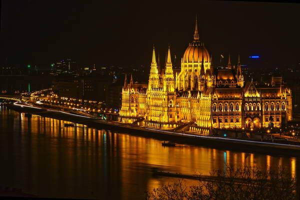 בנין הפרלמנט ההונגרי בבודפשט