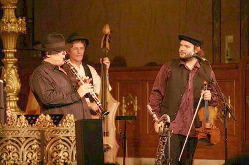 להקת הכלייזמרים של בודפשט, הונגריה