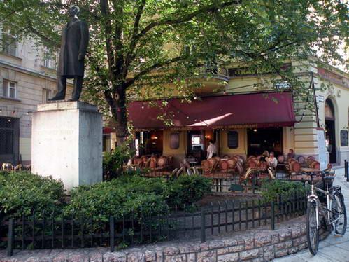 קפה גרלוצ'י בבודפשט, הונגריה