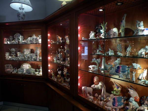מוזיאון הקרמיקה של מרגיט קובאץ', טיולי יום מבודפשט
