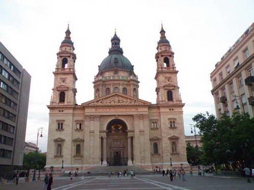 בזילקית סנט סטפאן בבודפשט, הונגריה