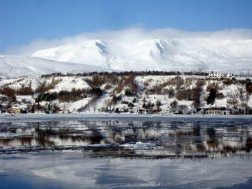 איסלנד המושלגת - בקיץ נעים