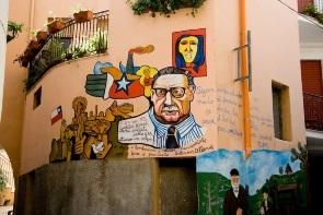 ציור קיר בעיירה אורגוזולו בסרדיניה