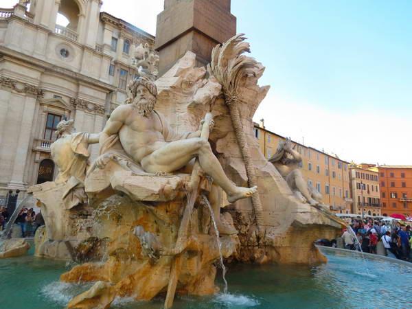 מזרקת ארבעת הנהרות, פיאצה נאבונה, רומא
