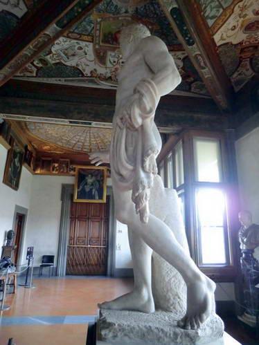 פסל הדוריפורוס במוזיאון אופיצי, איטליה