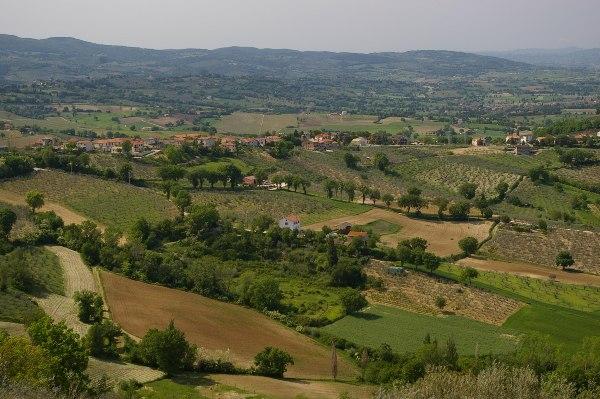 הנוף הנשקף מהכפר מונטפלקו, אומבריה