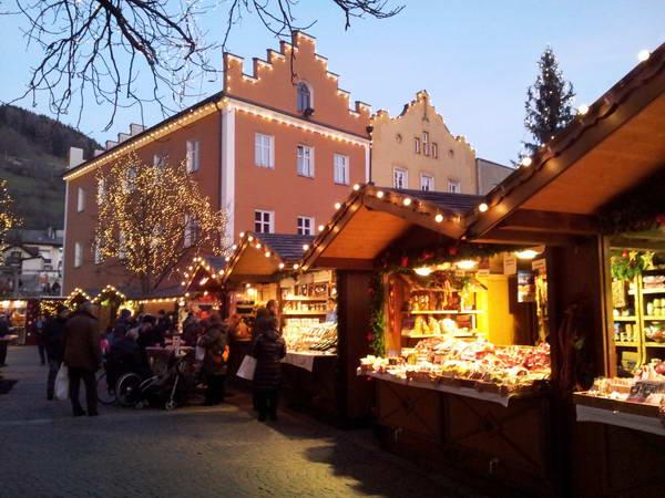 שווק חג המולד, ויפיטנו, איטליה