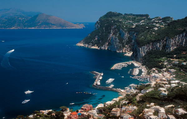 איים בדרום איטליה, קאפרי