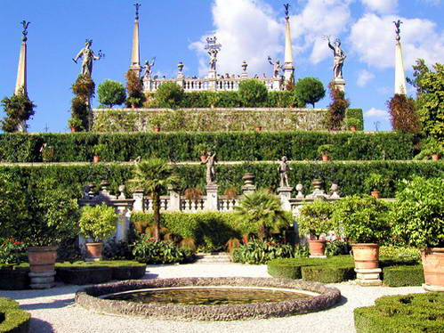 גני ארמון בורומאו באיזולה בלה, איטליה