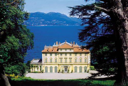 וילה פאלאויצ'ינו על גדות אגם מאג'ורה, איטליה