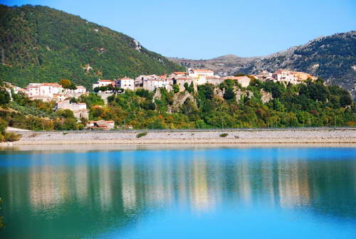 דרום איטליה,  מוליזה, קסטל סן וינסנצו