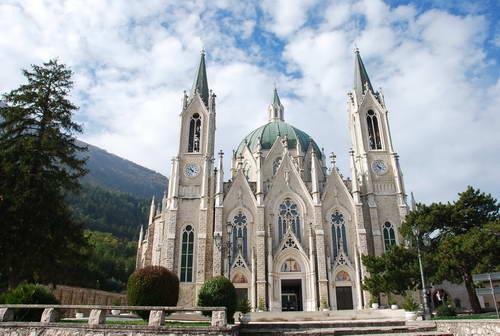 דרום איטליה,  מוליזה, כנסיה