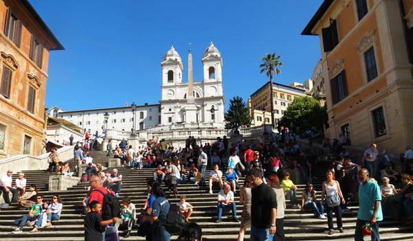 המדרגות הספרדיות, רומא