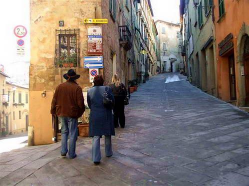 סמטאות מונטפולצ'אנו, טוסקנה, איטליה