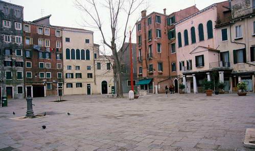 הכיכר המרכזית בגטו החדש של ונציה