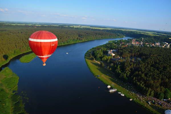 בירשטונאס בליטא, נהר נמונאס וכדור פורח