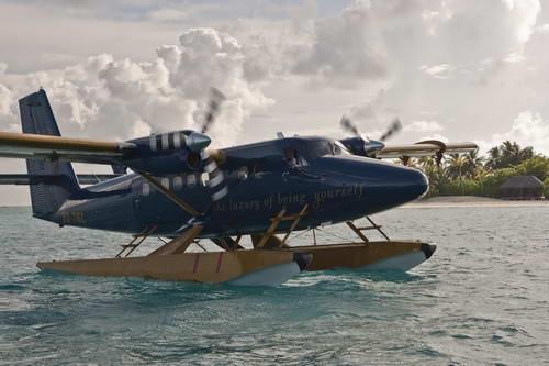 האיים המלדיביים, מטוס ימי
