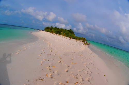האיים המלדיביים, אי פרטי