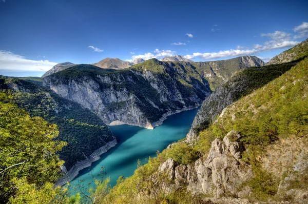 אגם פיווה, רכס דורמיטור