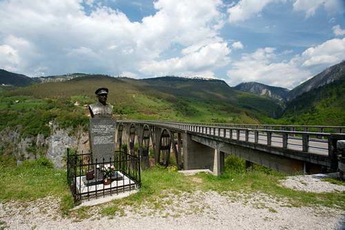 מונטנגרו, גשר ג'ורג'וביץ'