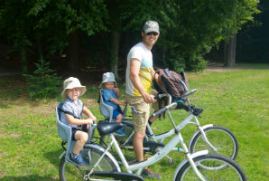 טיול כוכב באמסטרדם, אופניים לבנים