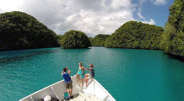 איי פלאו, הפלגה וצלילה