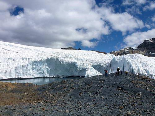 קרחון פסטרורי, הווארז, פרו