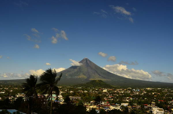 הר הגעש מאיון, הפיליפינים
