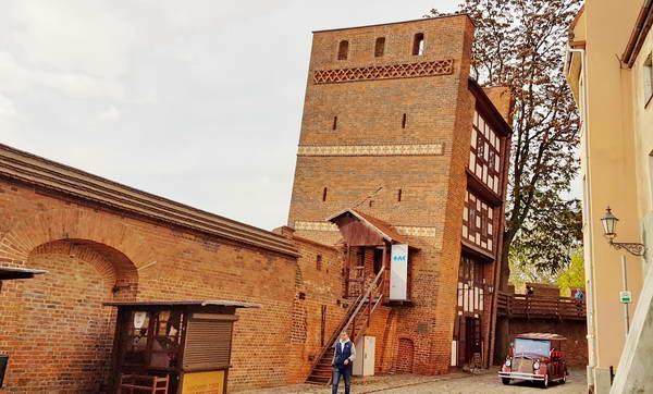 טורון, המגדל הנטוי, פולין