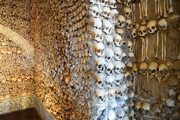 קפלת העצמות, אבורה, אלנטז'ו, פורטוגל