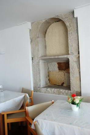 פורטו, בית כנסת עתיק בבית אבות