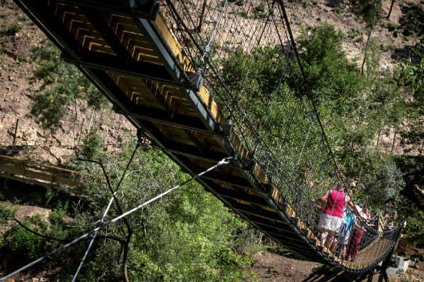 גשרים תלויים בפורטוגל