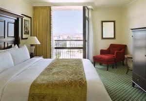 טיול גיל זהב לפורטוגל, מלון מריוט ליסבון