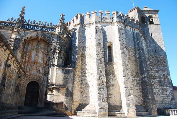 המנזר בטומאר, ארכיטקטורה בפורטוגל