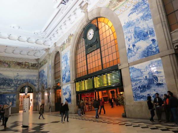 תחנת הרכבת של פורטו, ארכיטקטורה בפורטוגל