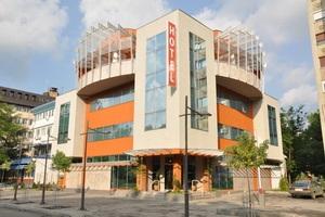 מלון מומלץ בקראליובו, עיר המלכים,  סרביה