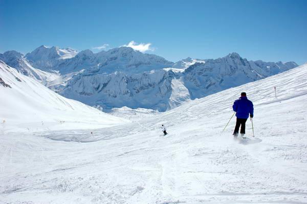 פאסו טונלה, אתר הסקי