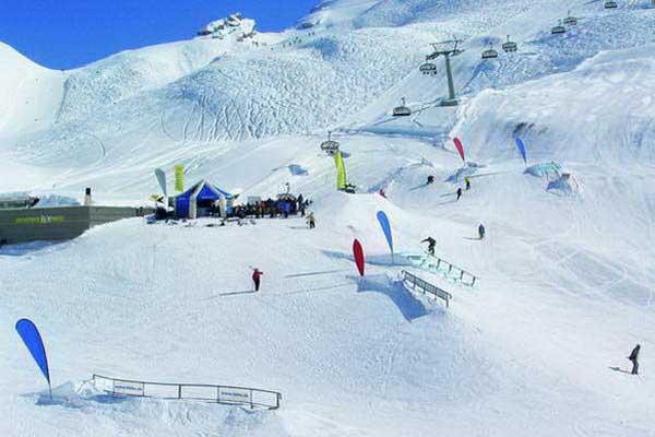 סנו פארק באתר הסקי אנגלברג-טיטליס, שוויץ