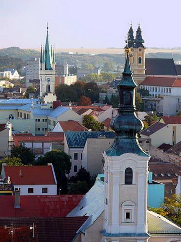 כנסיות בקו הרקיע של ניטרה, מבט מהטירה