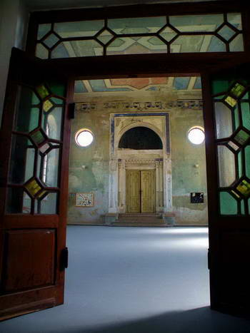 בית הכנסת בשאמורין שזכה לחיים חדשים